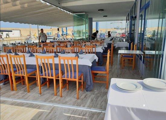 restaurante-nautico-oropesa.jpg